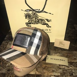 Brand New HOT Burberry Brown Net SnapBack Hat